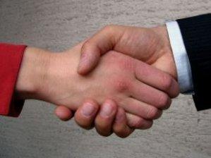 shaking_hands_hands_237954_l
